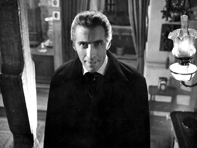 Christopher_lee_dracula_01